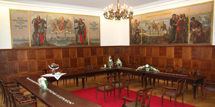 Historischer_Sitzungssaal_1.jpg